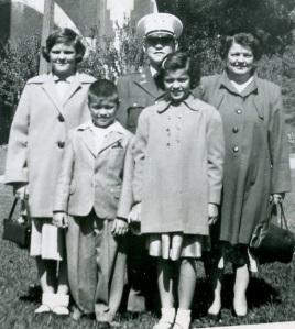 Evelyn and kids, Nov. 1951