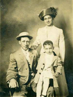 Edward C, Martha, and little Edward, c. 1912